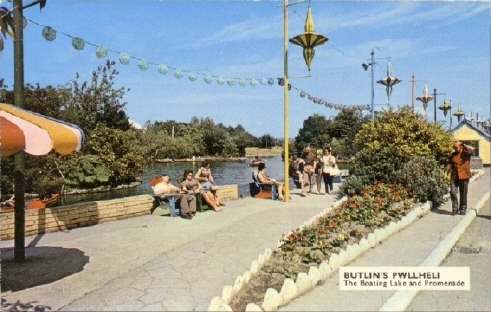 BUTLINS PWLLHELI BOATING LAKE