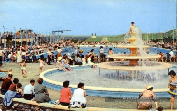 BUTLINS PWLLHELI POOL and FOUNTAIN